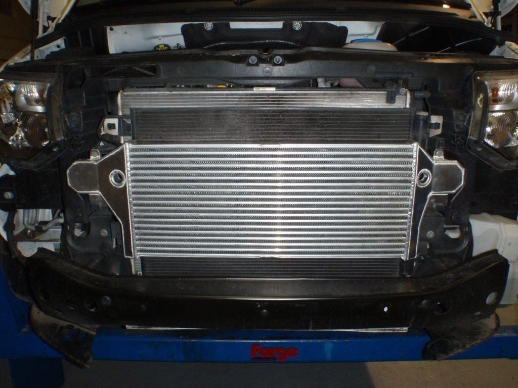 intercooler for volkswagen t5 1 9 2 5 and t5 1 2 0 tdi single turbo fmintvwt5 forge motorsport. Black Bedroom Furniture Sets. Home Design Ideas